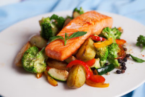 Elderly Care Fort Lauderdale FL - An Experienced Home Care Aide May Help Your Elderly Loved One Eat Better